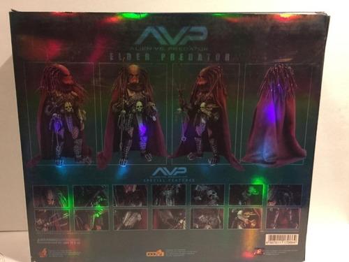 hot toys elder predator 1.0