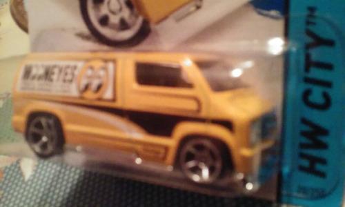 hot weels custom 77 dodge van