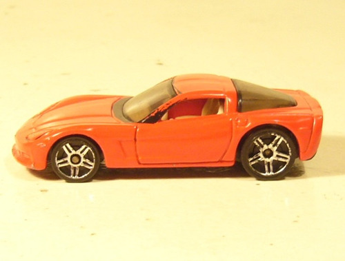 hot wheels 2004: chevrolet  corvette  2004