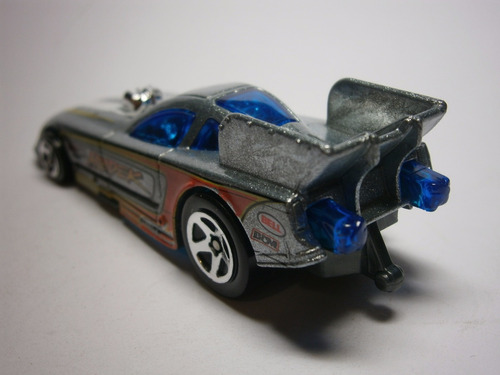 hot wheels 2010 ford mustang funny car (plata)