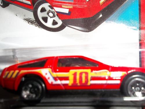 hot wheels 2014  dmc delorean    (caballito)