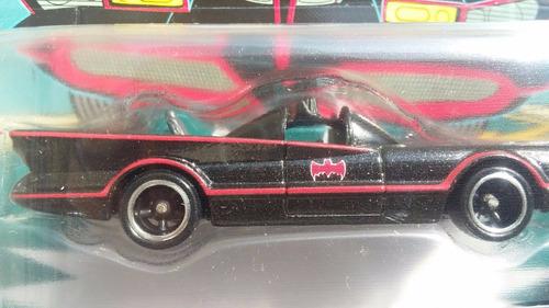 hot wheels 2016 retro tv series batmobile - llantas de goma