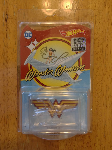 hot wheels 2017 mail in wonder woman invisible jet factory