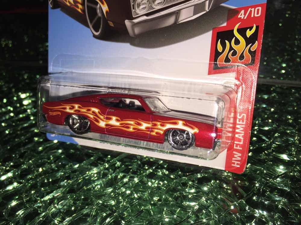 Hot Wheels 2019 69 Ford Torino Talladega Hw Flames 4/10