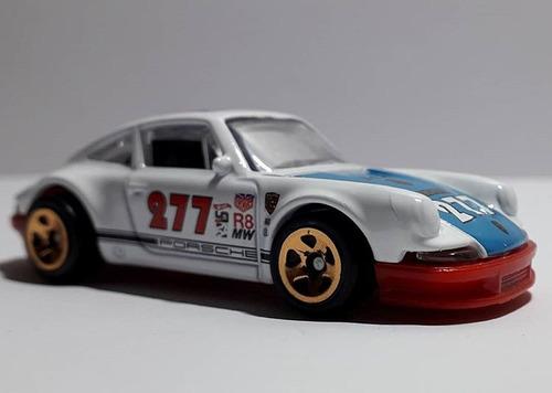 hot wheels 71 porsche 911 variante