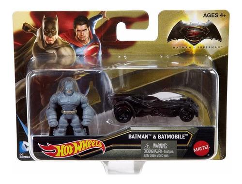 hot wheels batman v superman, batmobile más figura, e/1:64.