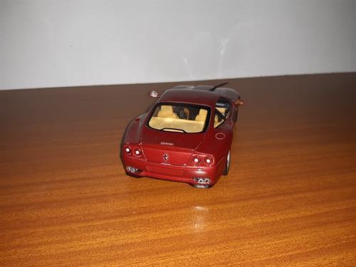 hot wheels carro ferrari 550 maranello 1/18