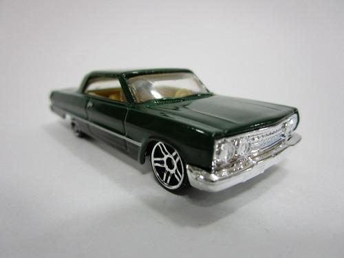 hot wheels  chevrolet chevy impala edic 2003 q