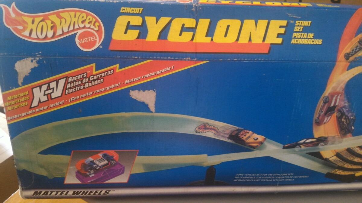 Circuito Hot Wheels : Hot wheels circuito cyclone en mercado libre