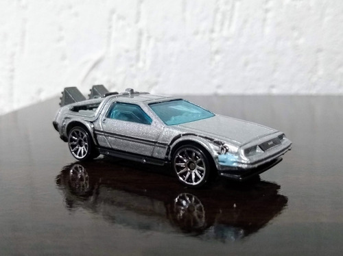 hot wheels delorean back to the future time machine - loose