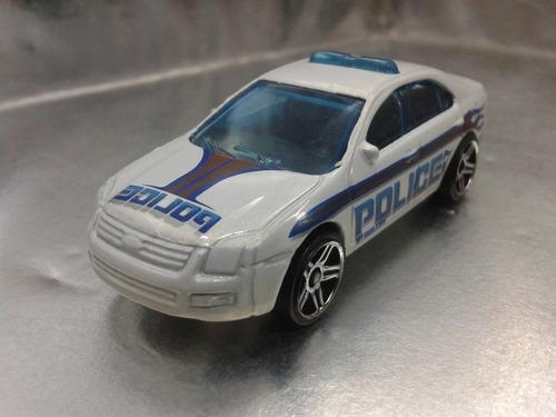 hot wheels - ford fusion policia del 2009 m.i. malaysia