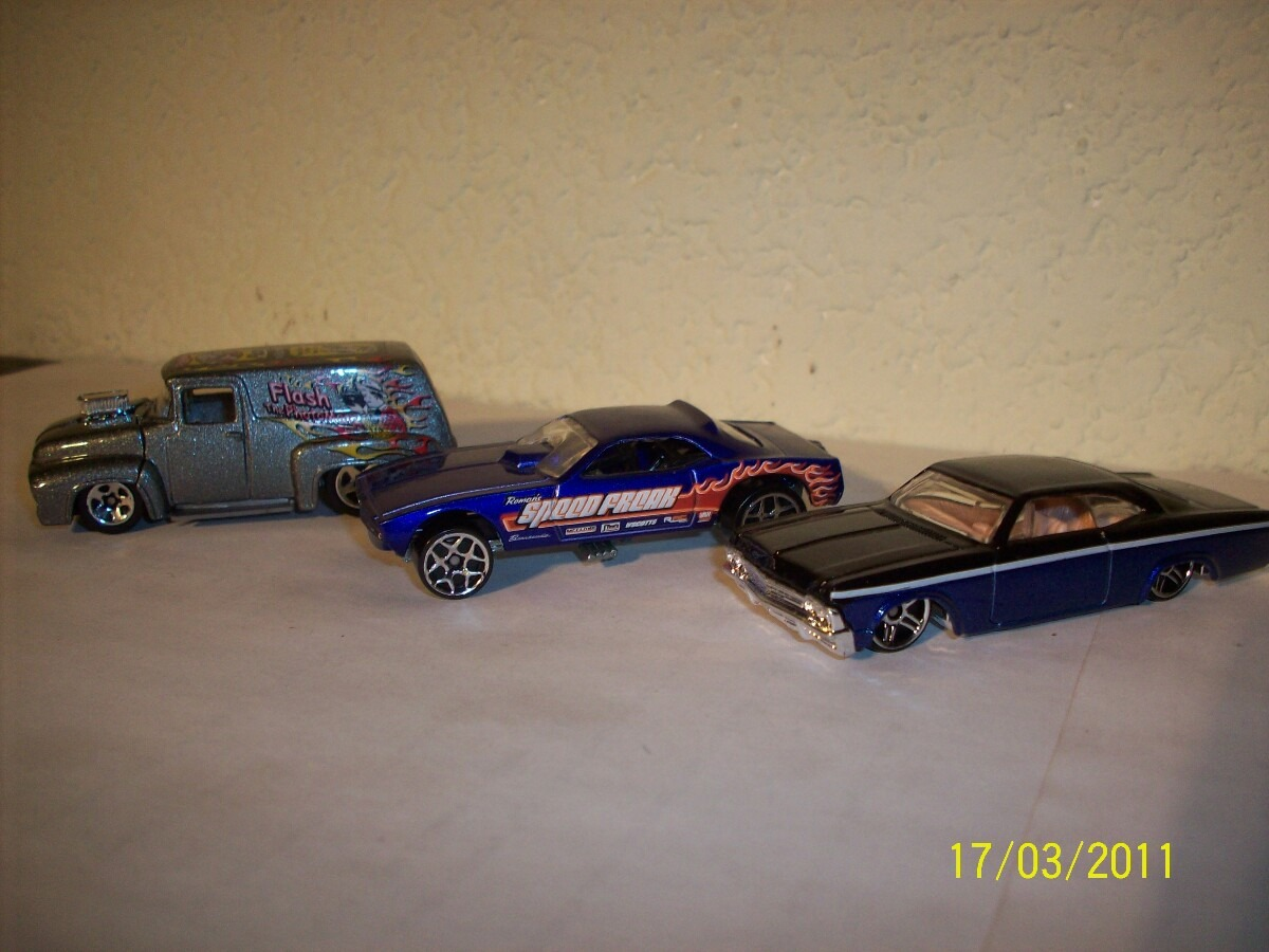 Hot Wheels Lote 3 Coches Impala 67 Snake 69 Ford 56 U S 7 50 En
