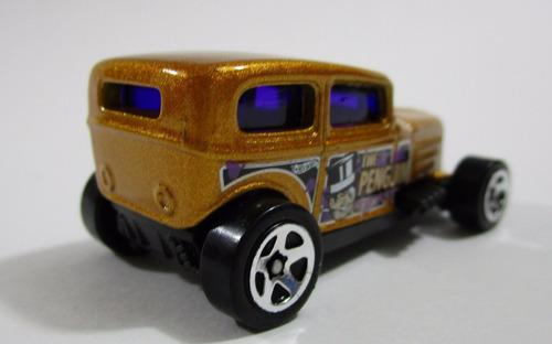 hot wheels miniatura