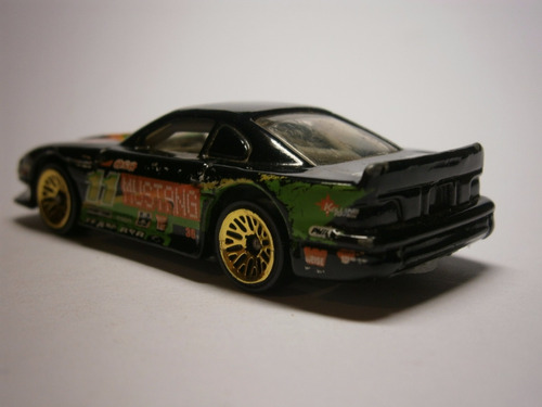 hot wheels mustang cobra (negro)
