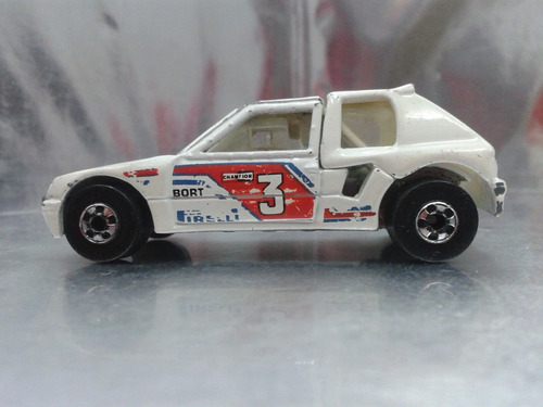hot wheels - peugeot 205 rallye de 1992        malaysia