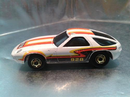 hot wheels - porsche 928 o predato de 1983    m.i. hong kong