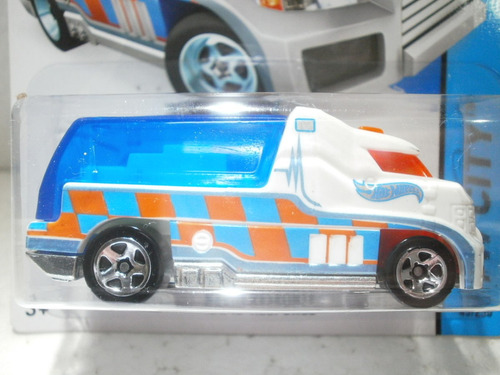 hot wheels rapid response blanca 43/250 2014 1:64