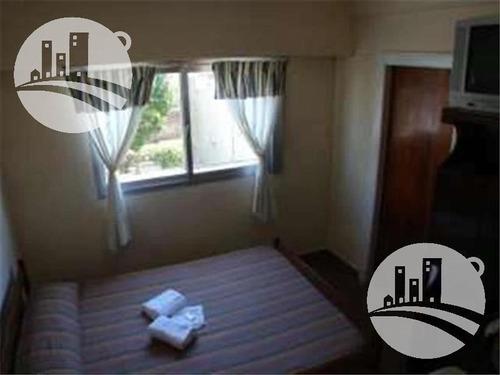 hotel  11 hab. 1*