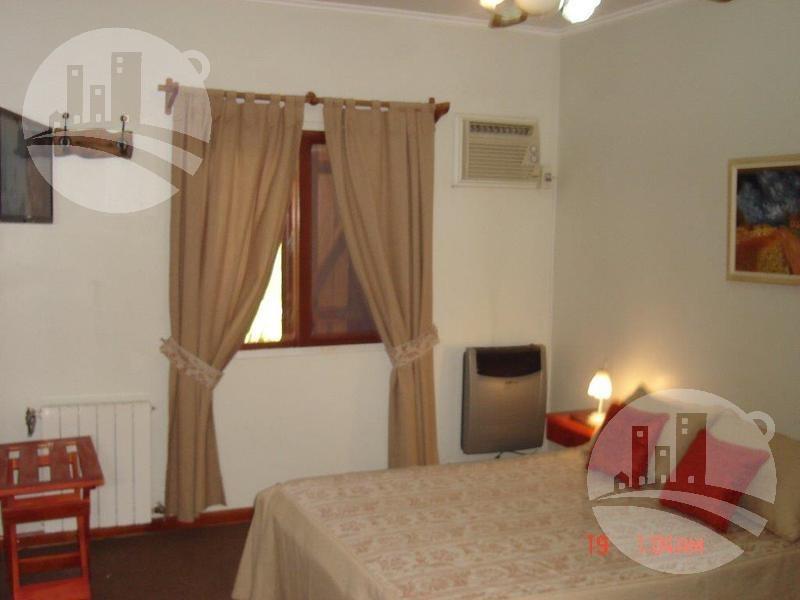 hotel 11 hab.   2 dtos