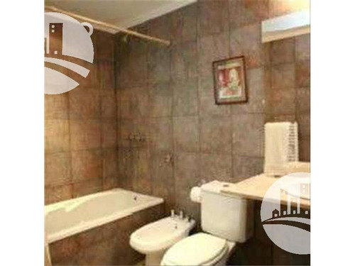 hotel 15 hab. 3*