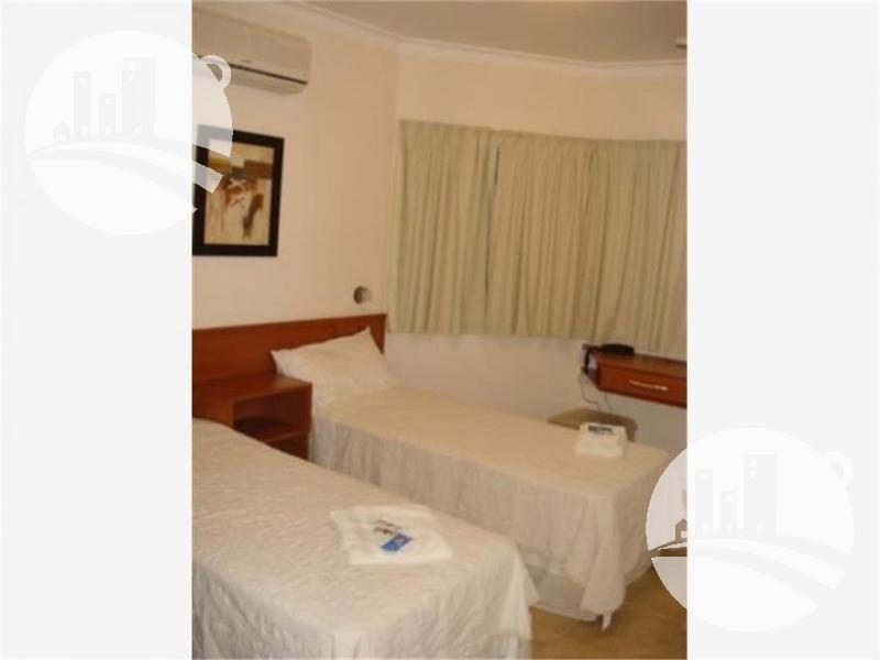 hotel 16 hab. 2*