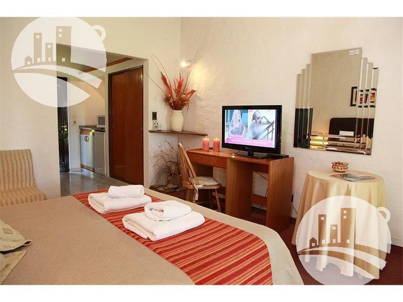hotel 20 hab. 3*