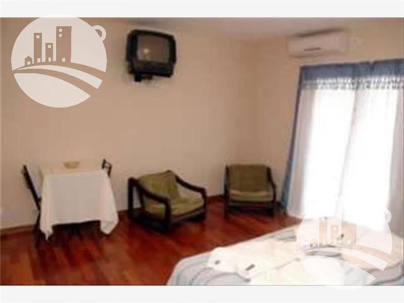 hotel 23 hab. 3*