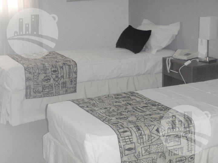 hotel 3*- 50 hab.