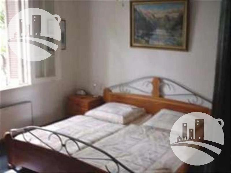 hotel 30 hab. 3*