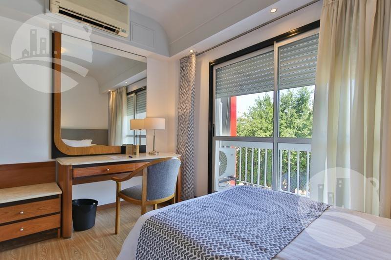 hotel 4* 100 hab.
