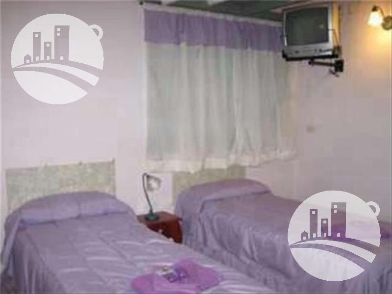 hotel 7 hab. 2*