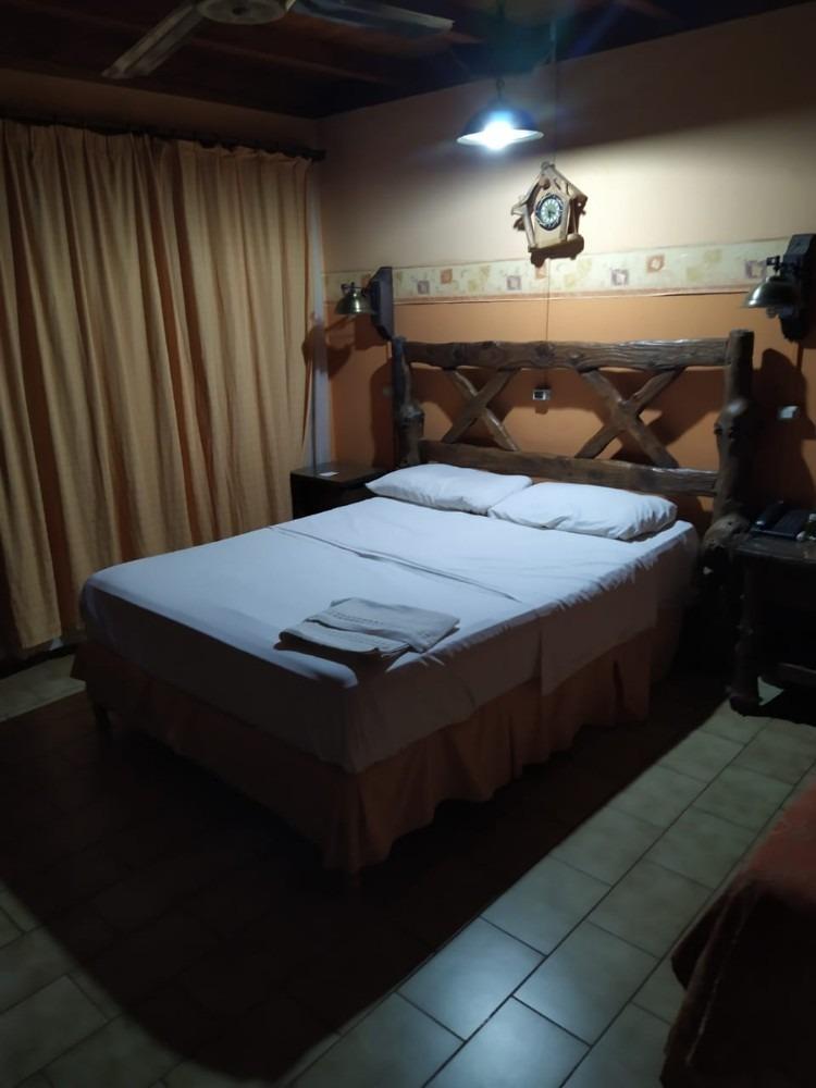 hotel a la venta en puerto esperanza misiones