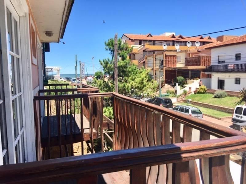 hotel de 100 plazas a 30 metros del mar en venta en villa gesell.