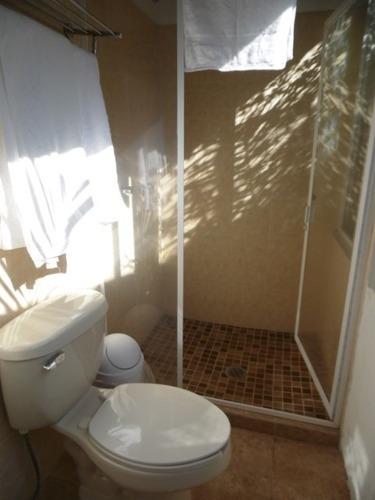 hotel  en analco / cuernavaca - est-726-cc