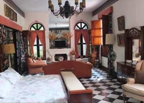 hotel en el centro de chapala