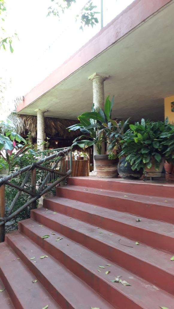 hotel en valladolid,  9 habitaciones , restaurante,  picina