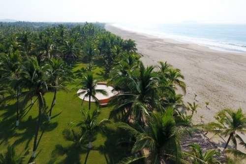 hotel en venta 7 suites amuebladas en zihuatanejo