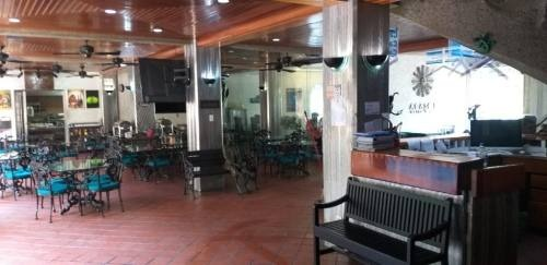 hotel en venta en la zona dorada de acapulco