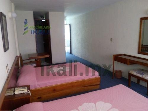 hotel en venta tuxpan veracruz 78 habitaciones con televicion y alfombradas, en el centro, en el corazón comercial del puerto, edificio de 7 pisos, cuenta con recepción, restaurante para 50 personas