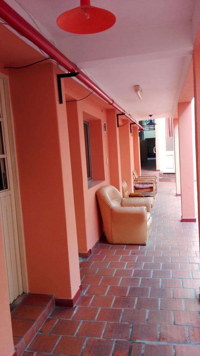 hotel familiar en floresta , san nicolas 50