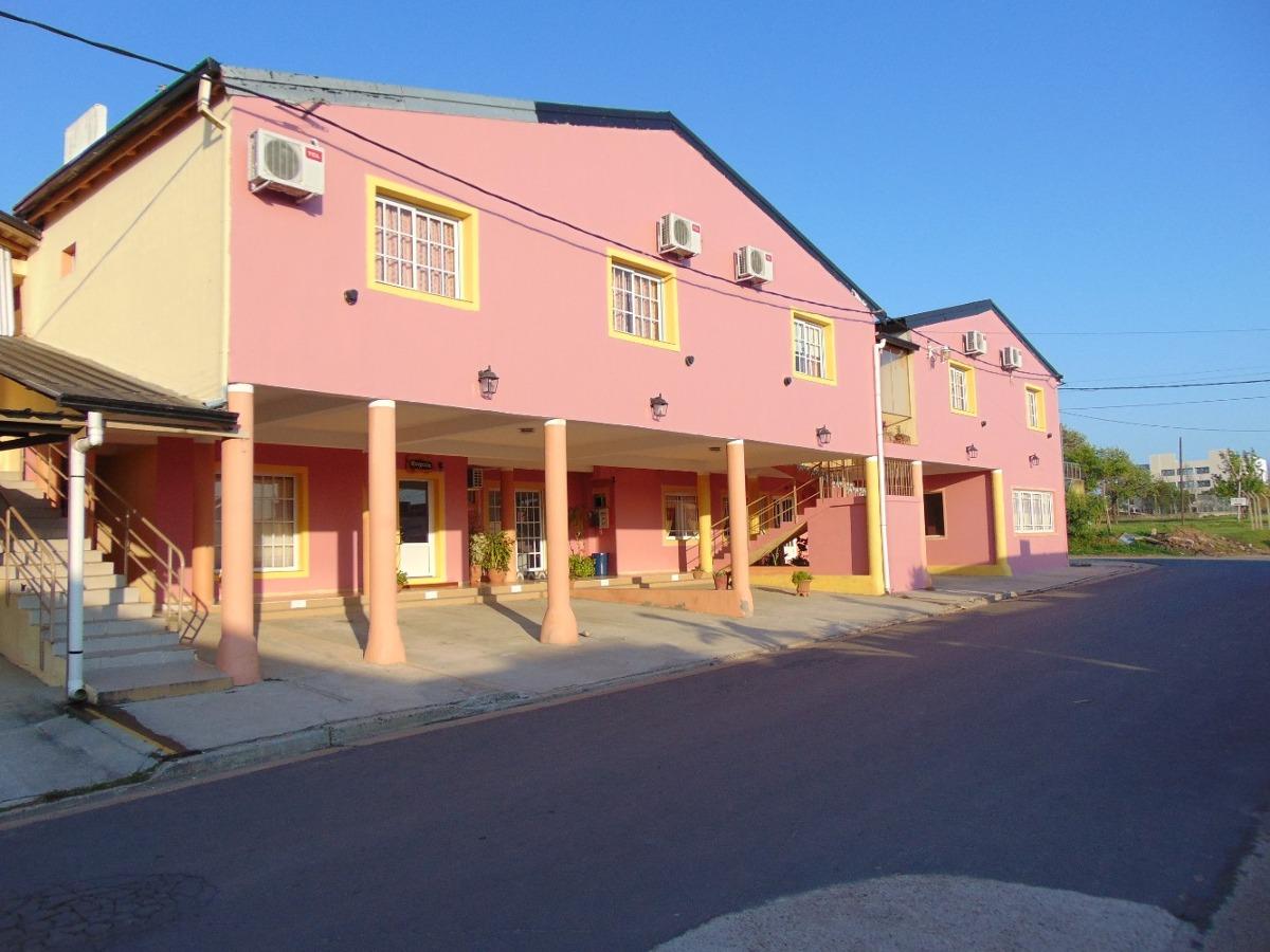 hotel las cuatro estaciones ( federacion , entre rios )