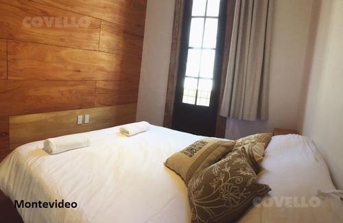 hotel  nuevo de 27 de habitaciones, todas con baño privado, ascensor, azotea con vista al mar.