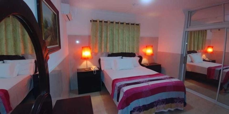 hotel operativo en venta en gazcue 34 habitaciones con aire