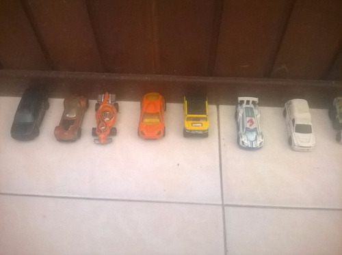 hotwheel carros a escala  y mathbox