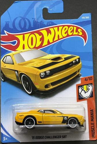 hotwheels '15 dodge challenger srt #143 2018 amarillo
