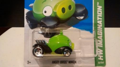 hotwheels angry birds minion pig