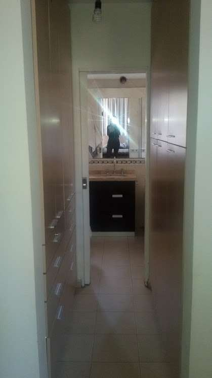 housing de tres dormitorios en venta, zona norte