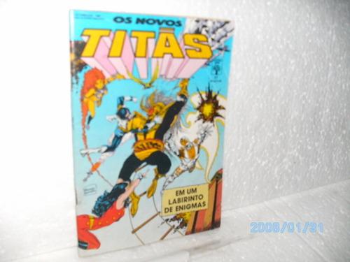 hq os novos titãs nº37 formatinho abril-um labirinto lagrima