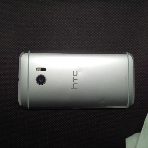 htc one m10 htc 10 32gb usado  +cargador factura