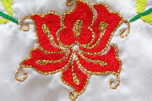 huipil de tehuana tejida a mano: blusa regional de istmo oax